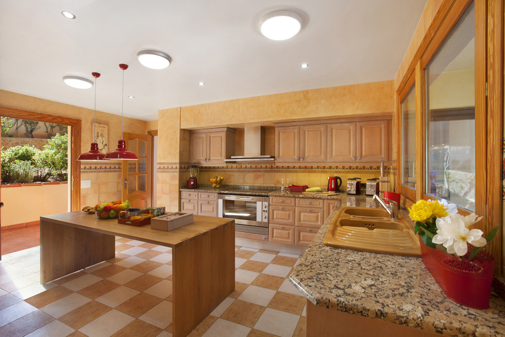 Kitchen towards Garden